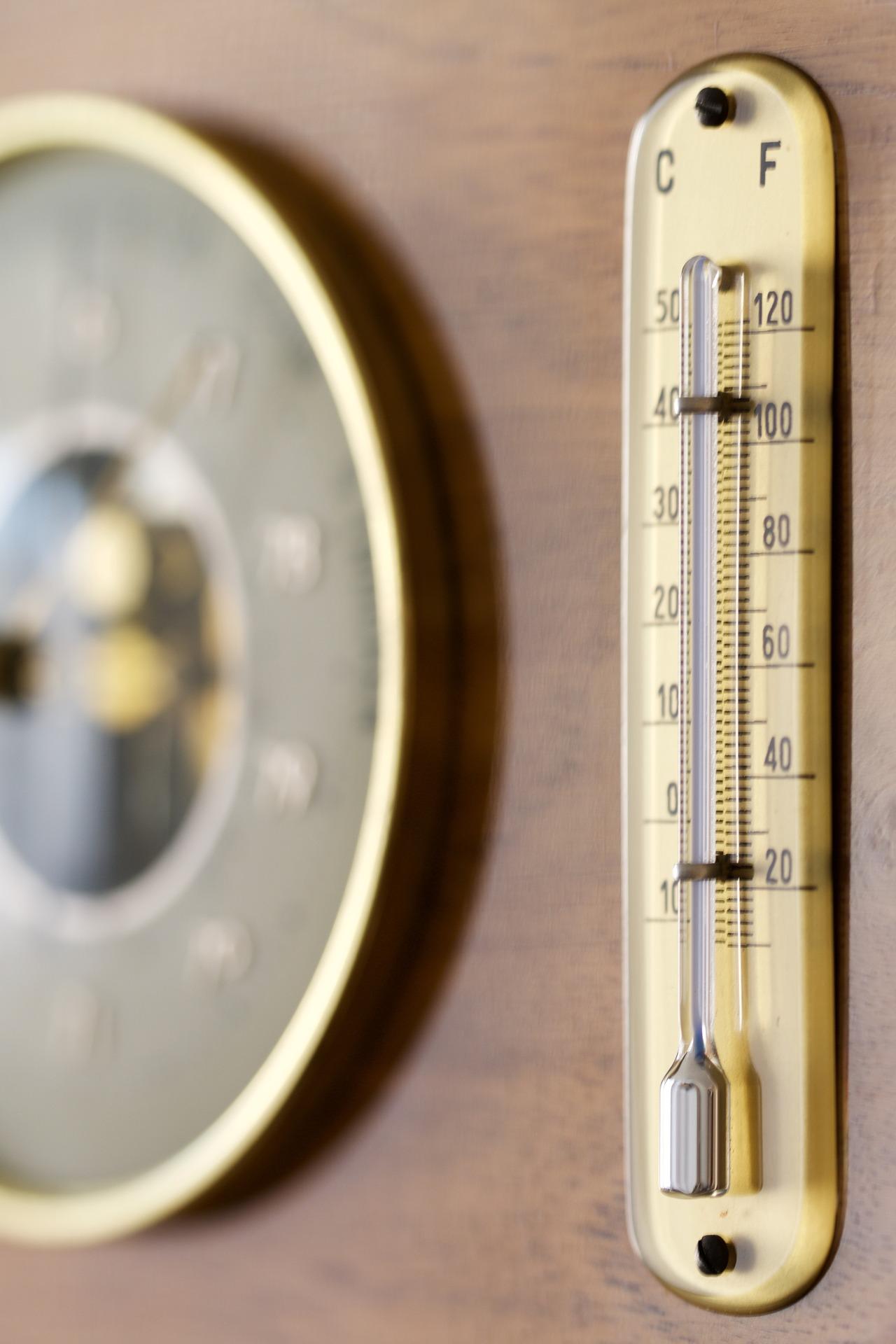 measuring-station-1193537_1920